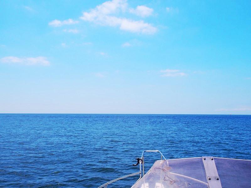 クルーザーから見渡す相模湾