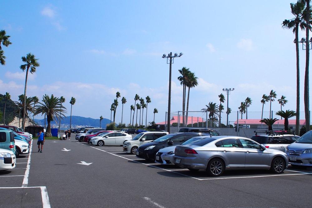 リビエラ逗子マリーナの駐車場