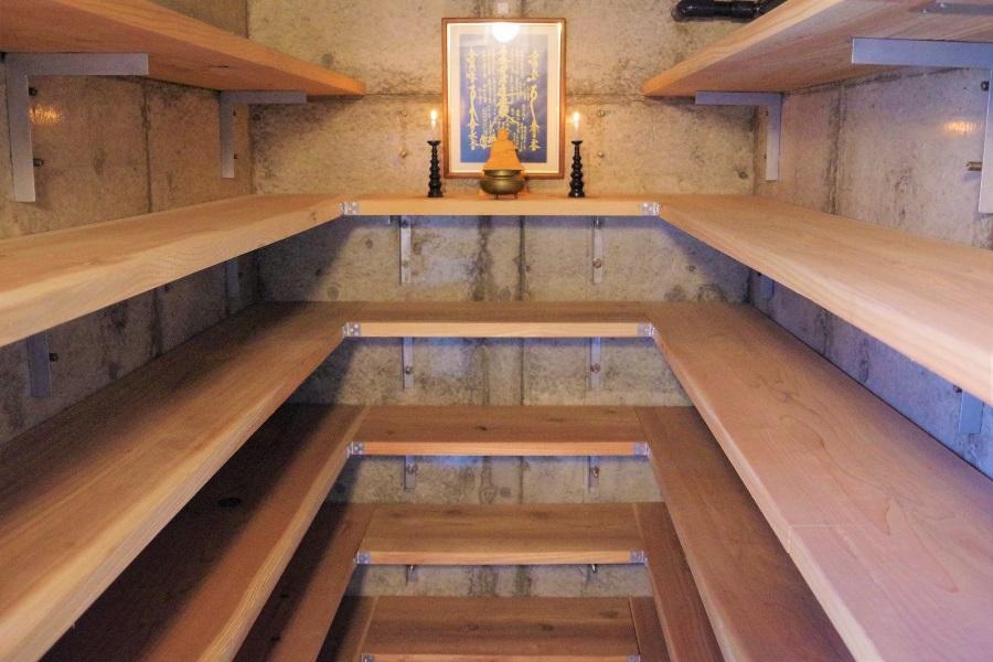 光輪塔地下の分骨室