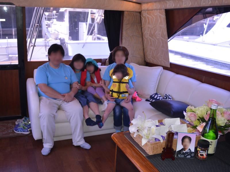 2.故人の遺影とご家族の写真撮影