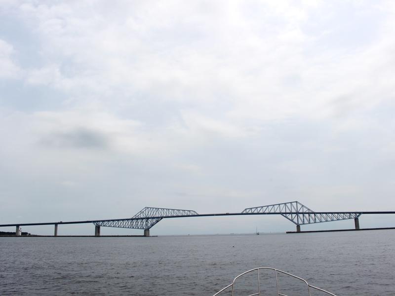 3.散骨ポイントのゲートブリッジ沖へ