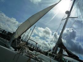 3.夏の陽射しが照りつける5月の宜野湾