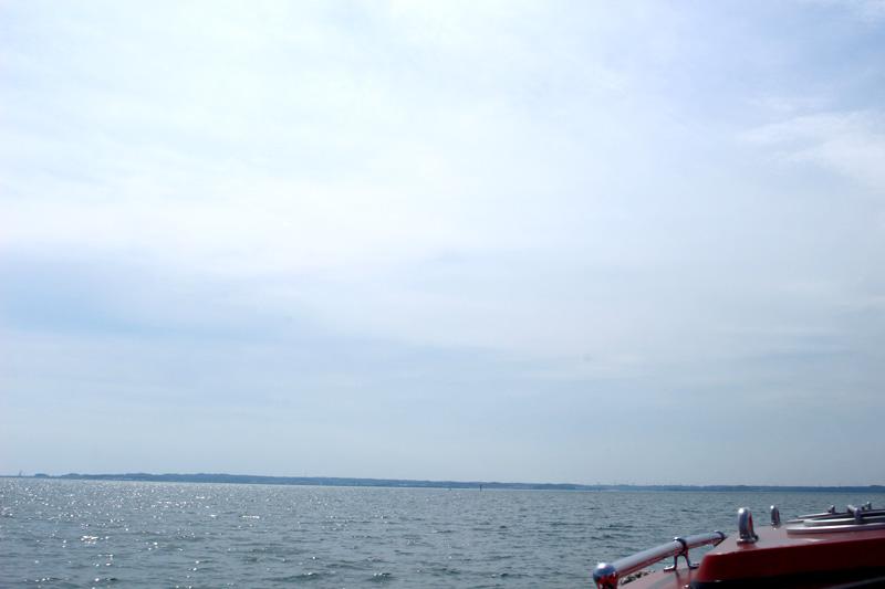 2.今日の遠州灘は波が高いです