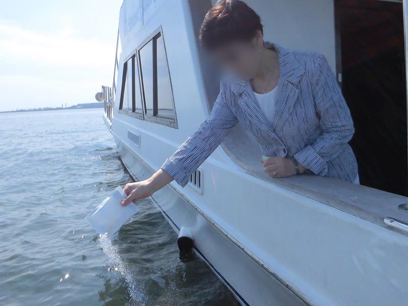 5.風のない日は直接ご遺骨を海へ