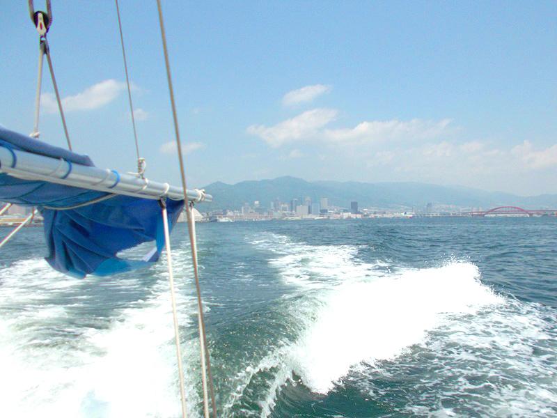 3.大阪湾を進みます