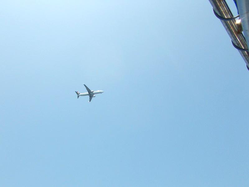 5.関空へ向かう飛行機