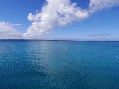2.美しく穏やかな海へと出航。