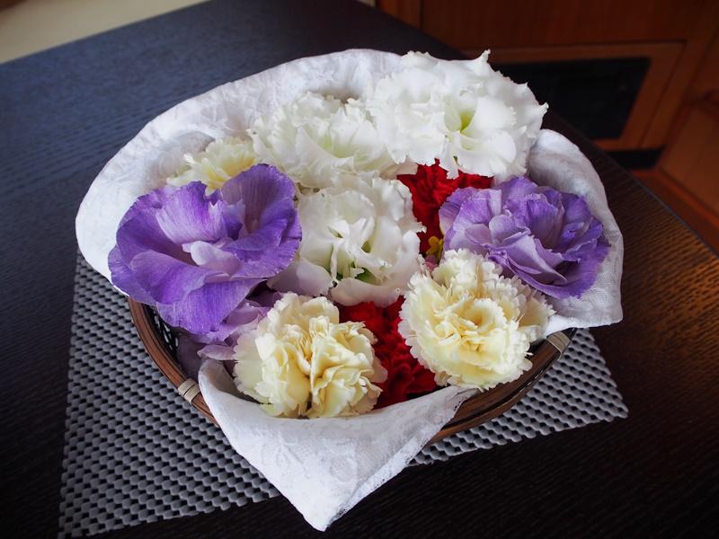 5.コンパクトな花かご