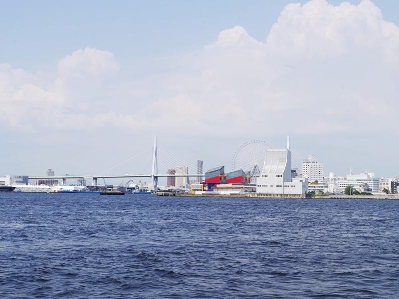4.大阪湾を眺めながら帰航