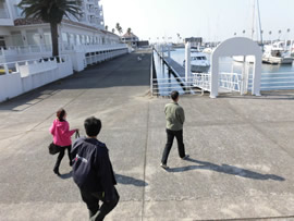 2.ホテルの目の前にある桟橋